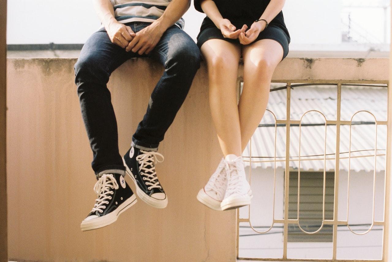 Moderigtige teenagere